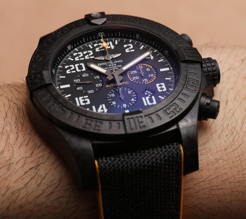 Breitling Avenger Hurricane Replica Watch Hands-On Hands-On